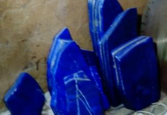 22- Lapis Lazuli Tumbled Stones
