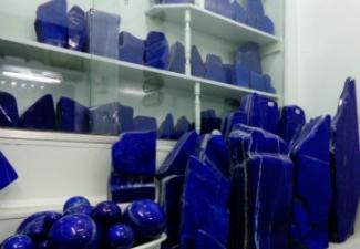 23- Lapis Lazuli Tumbled Stones