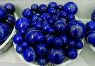 25- lapis balls